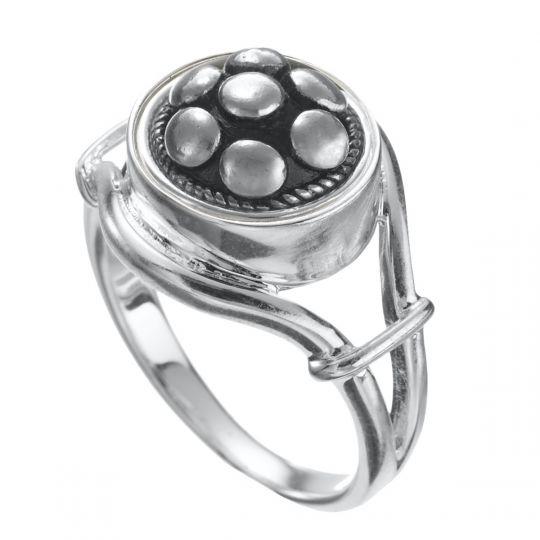 KR8 - Zilveren ring-17,00